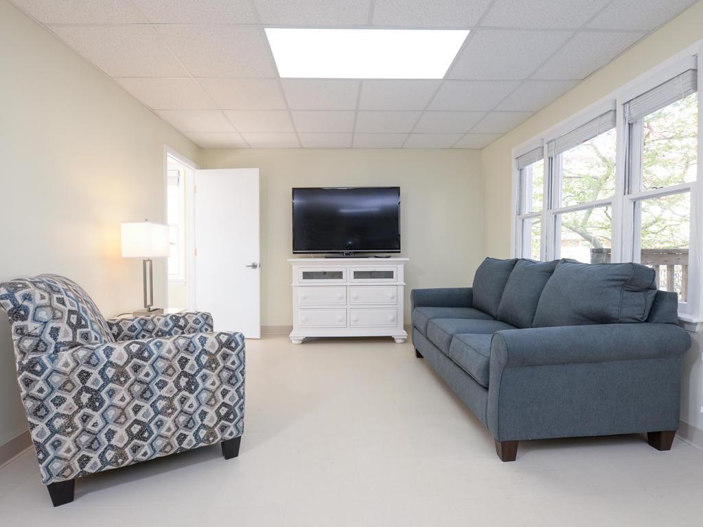 Wellington One, 1 - Living Room