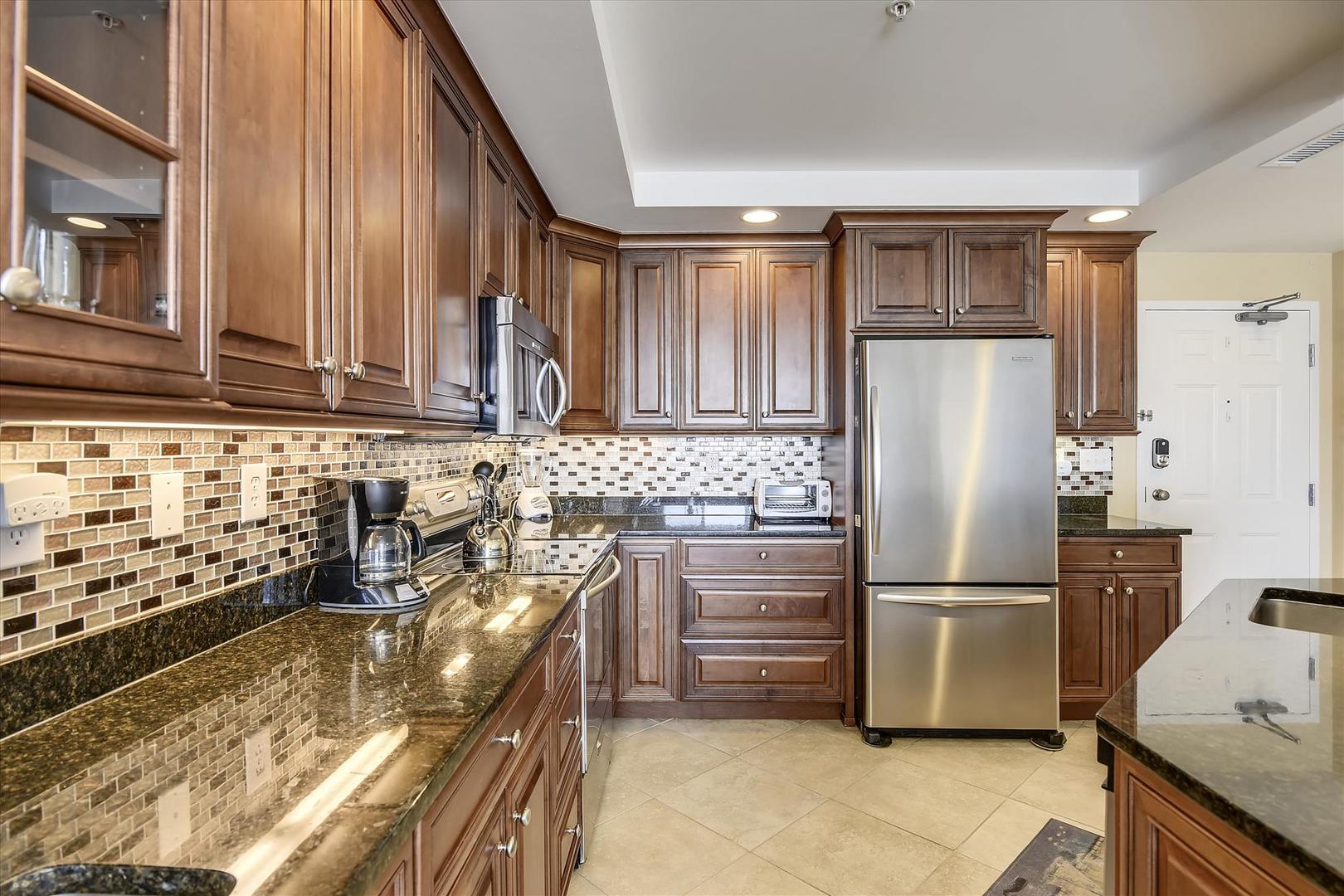 Belmont Towers 808 - Kitchen