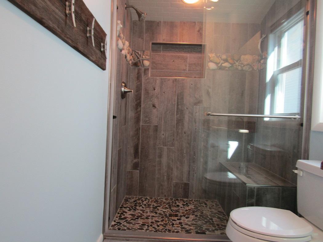 Anchor House - Bathroom 2