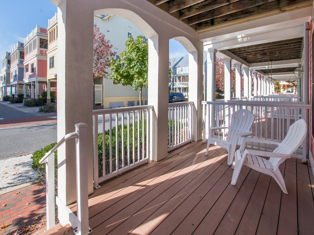 Sunset Island, 20 Beach Side Drive - Front Porch