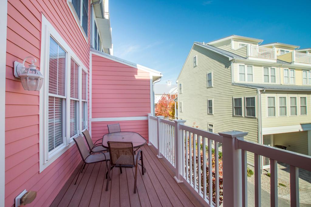 Sunset Island, 20 Beach Side Drive - Kitchen Balcony