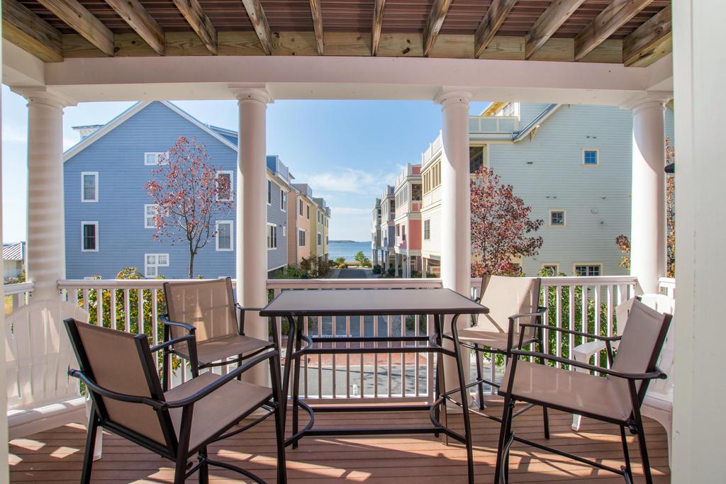 Sunset Island, 20 Beach Side Drive - Living Room Balcony