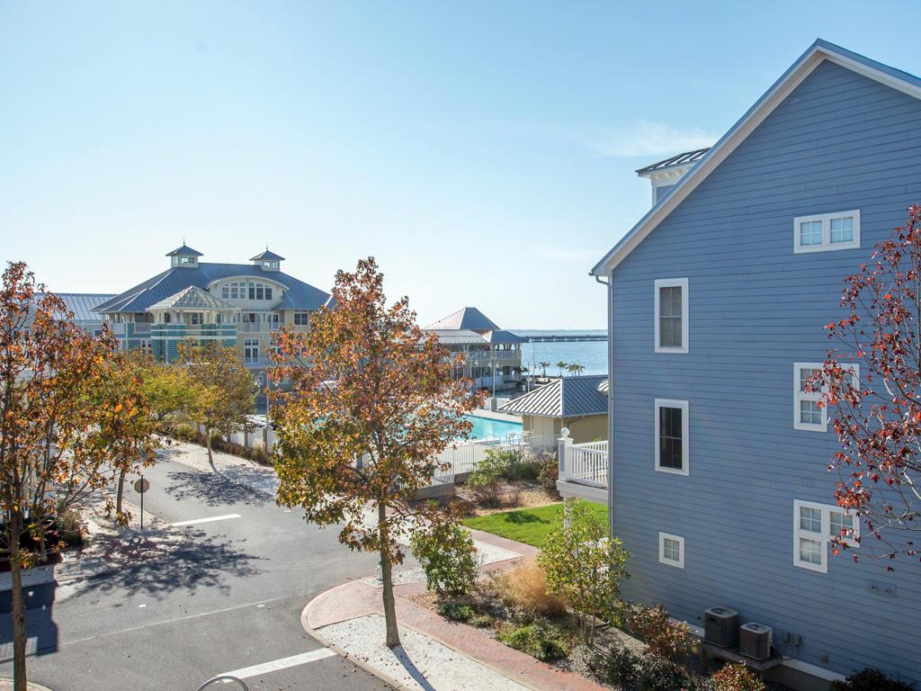 Susnet Island, 20 Beach Side Drive - Balcony View
