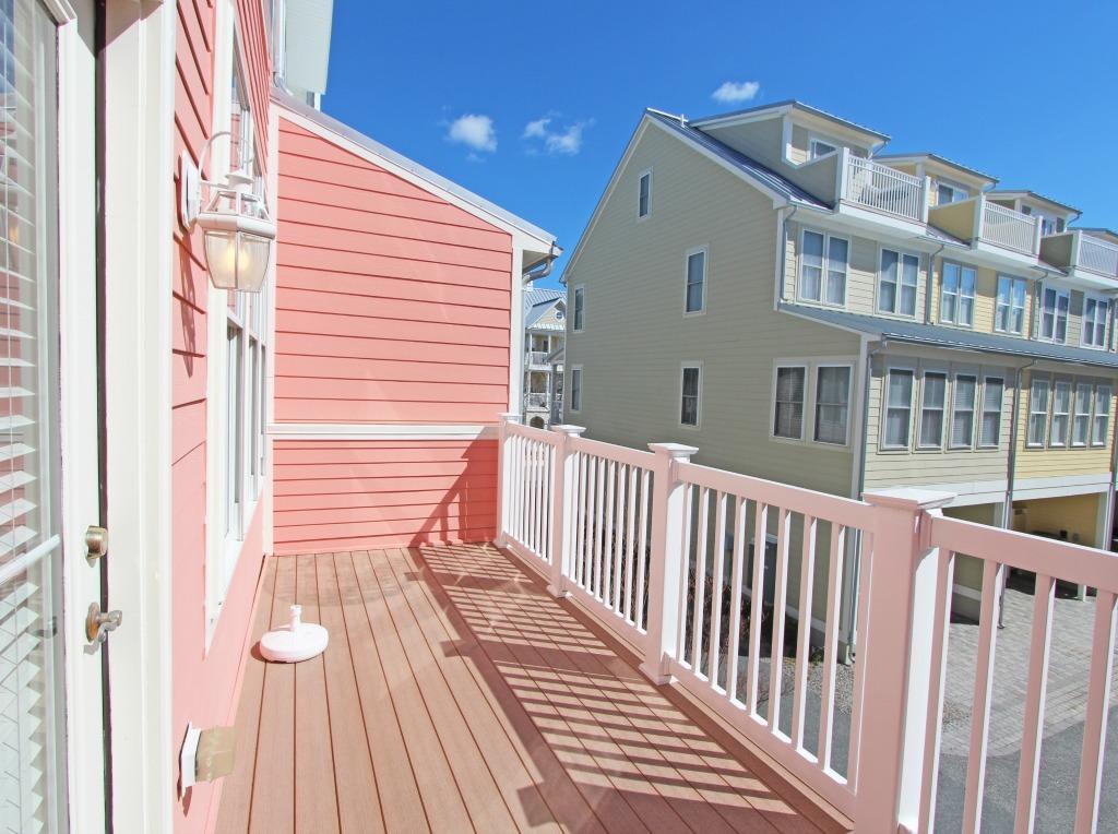 Sunset Island, 20 Beach Side Drive - Balcony