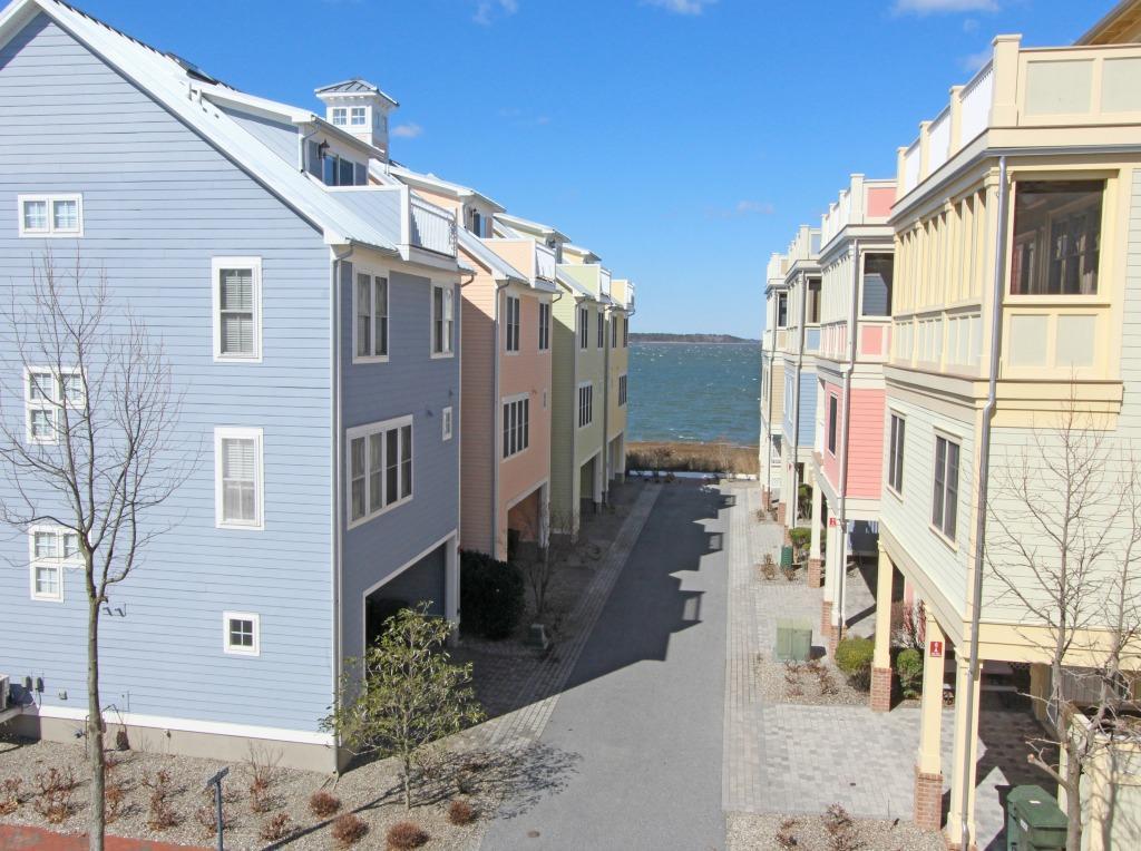 Sunset Island, 20 Beach Side Drive - View
