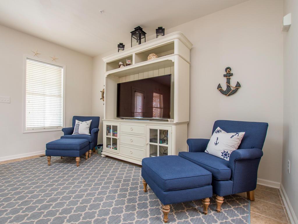 Sunset Island, 20 Beach Side Drive - Living Room