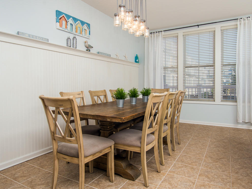 Sunset Island, 20 Beach Side Drive - Dining Area