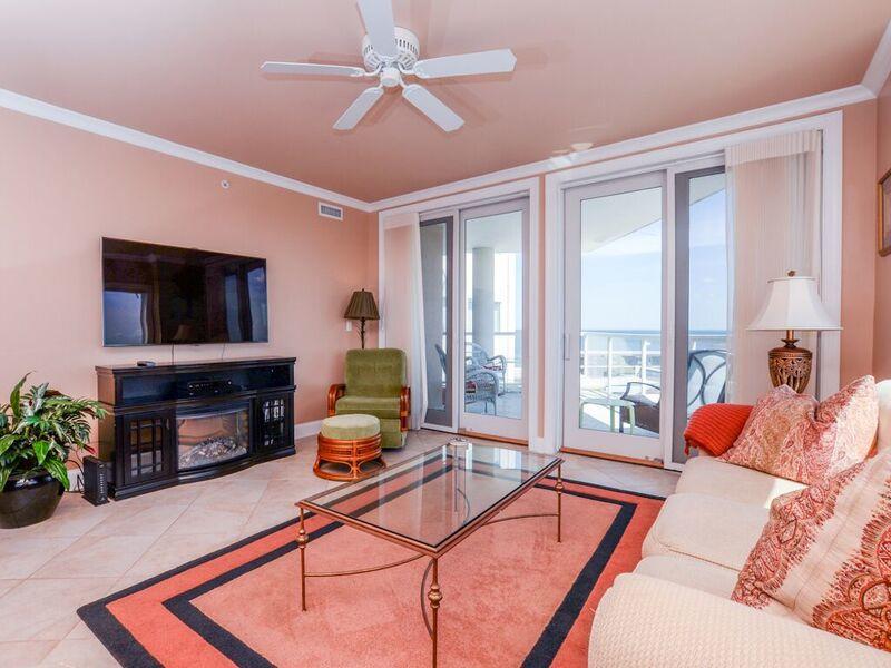 Meridian, 704 - Living Room