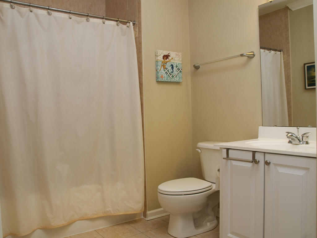 unset Island, 6 Hidden Cove Way, 4C - Second Bathroom