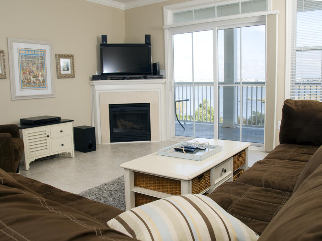 Sunset Island, 6 Hidden Cove Way, 4C - Living Room