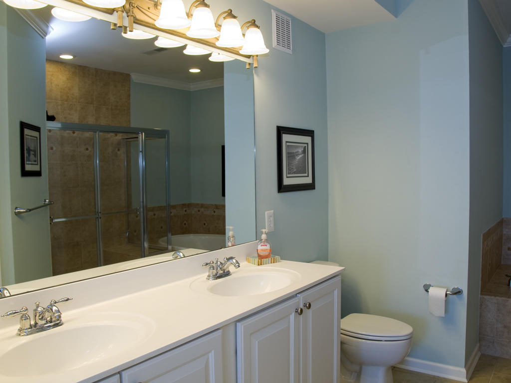 Sunset Island, 6 Hidden Cove Way, 4C - Master Bathroom