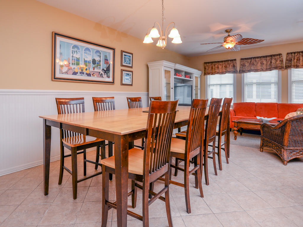Sunset Island, 50 Island Edge Drive - Dining Area