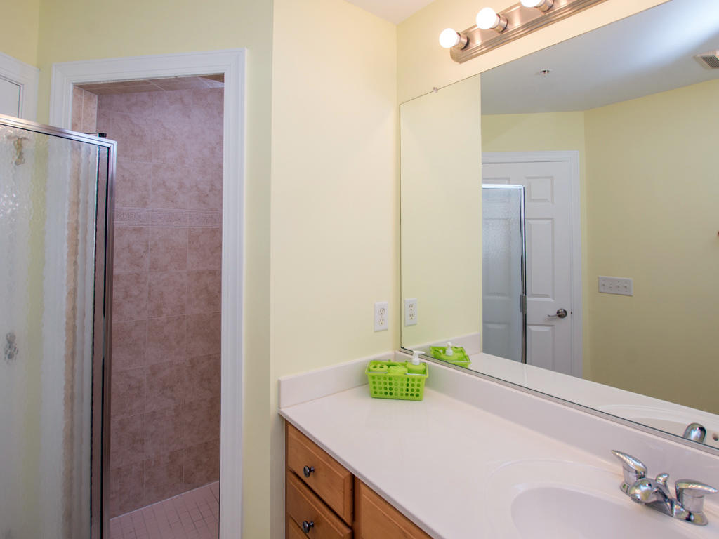 Palms Townhouse, 3C - Second Bathroom