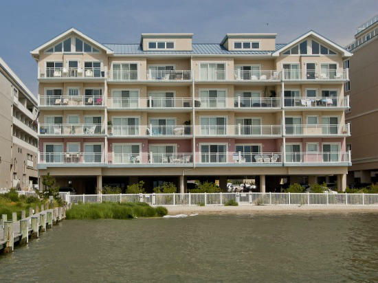 Sunset Beach 107 - Bayfront Exterior