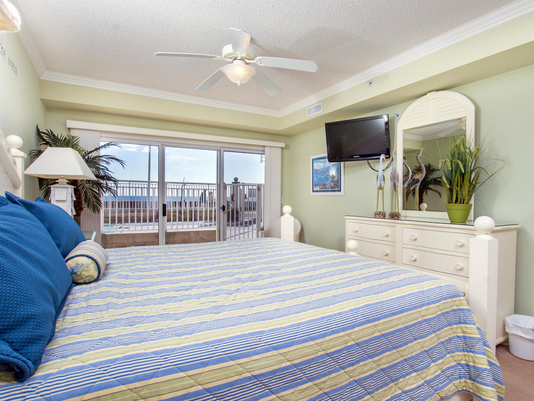 Oceans Pointe, 101 - Master Bedroom