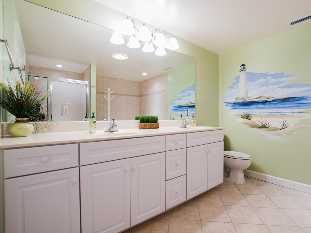 Oceans Pointe, 101 - Master Bathroom