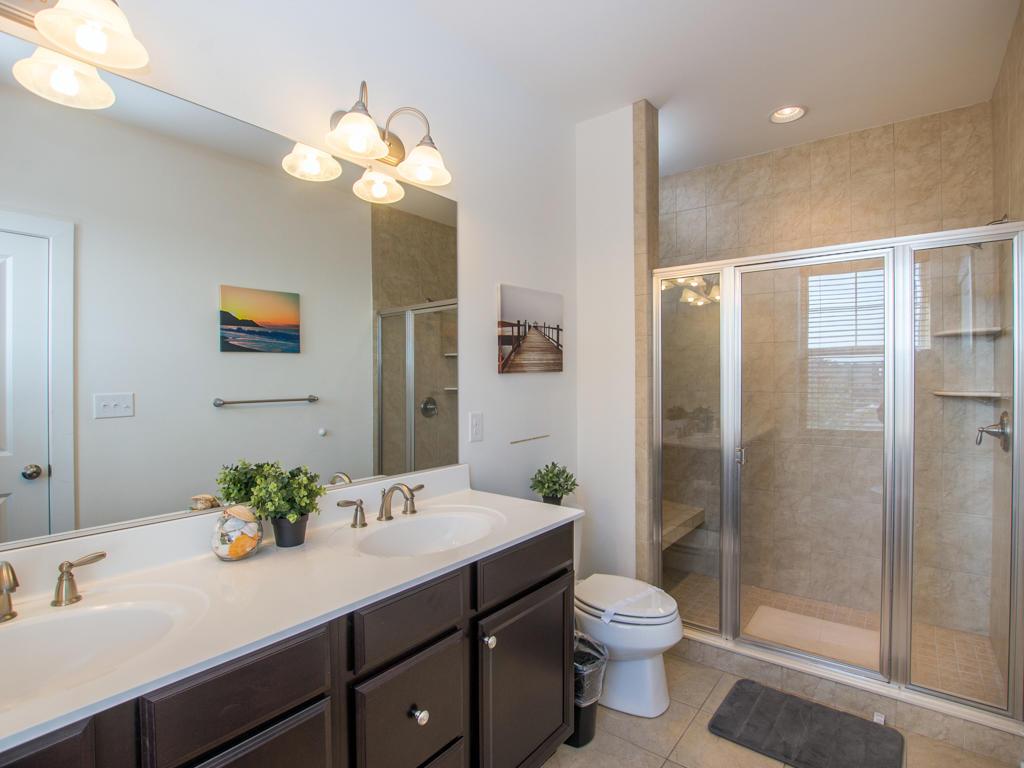 Broad Marsh 108C - Bathroom