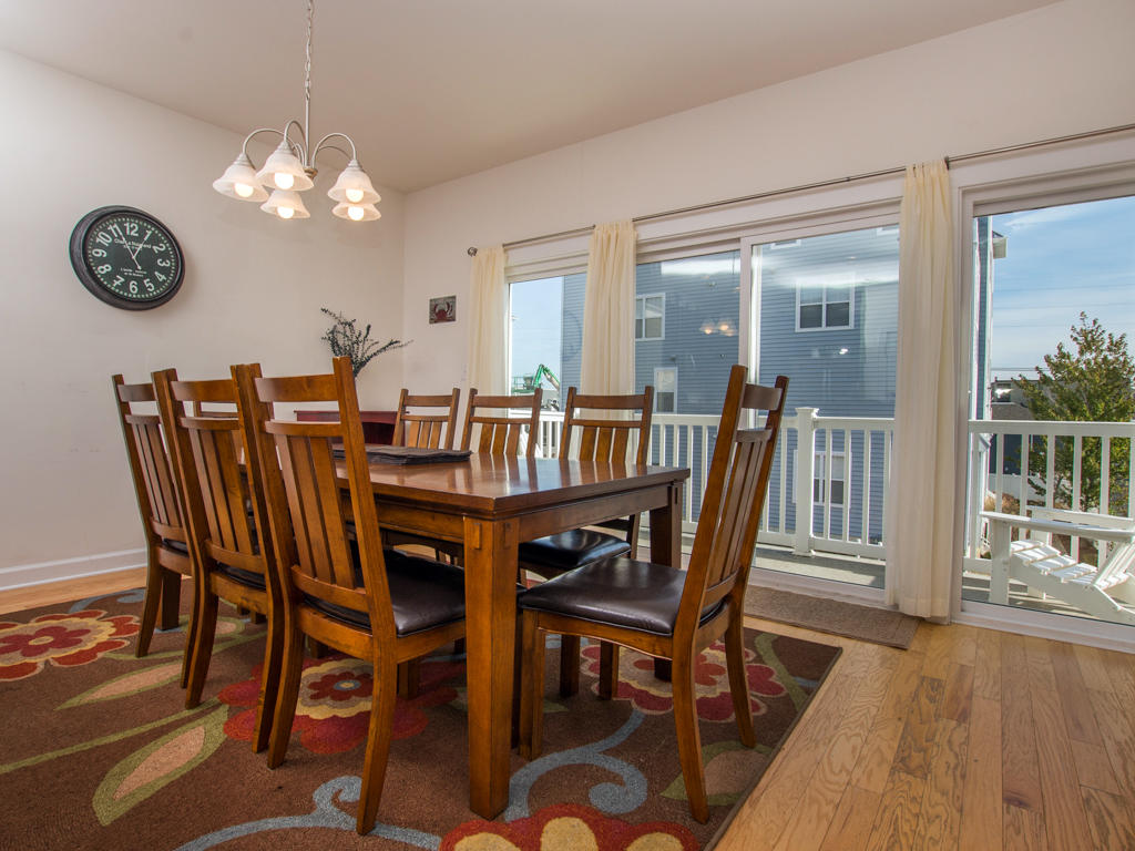 Broad Marsh 108C - Dining Area