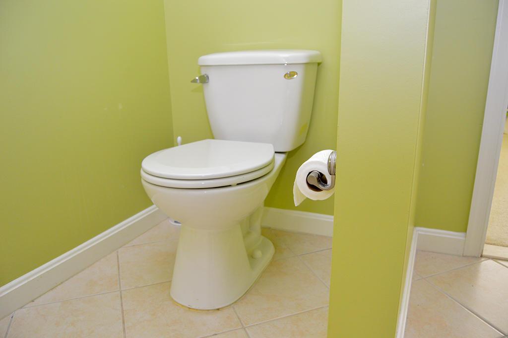 Makai 201- Master Bathroom