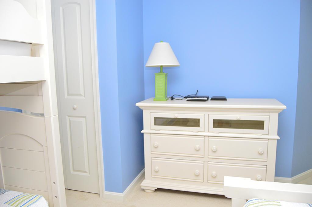 Makai 201- 2nd Bedroom