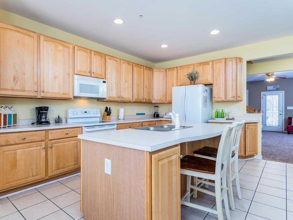 Sunset Island, 22 Island Edge Drive - Kitchen