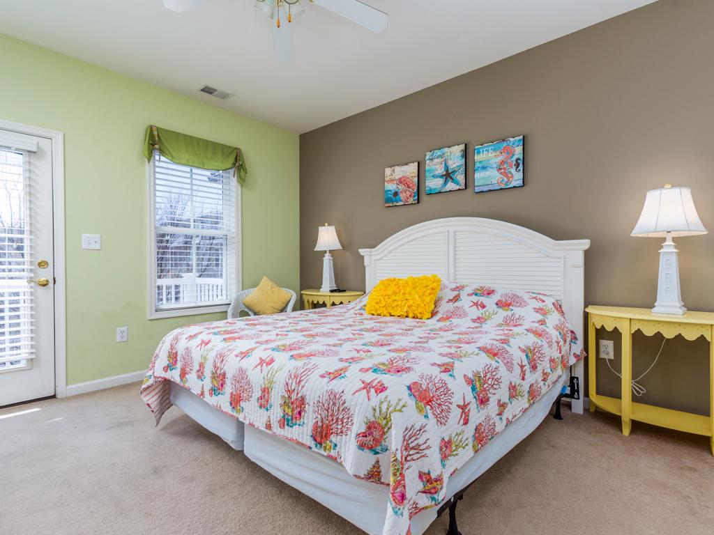 Sunset Island, 22 Island Edge Drive - Master Bedroom