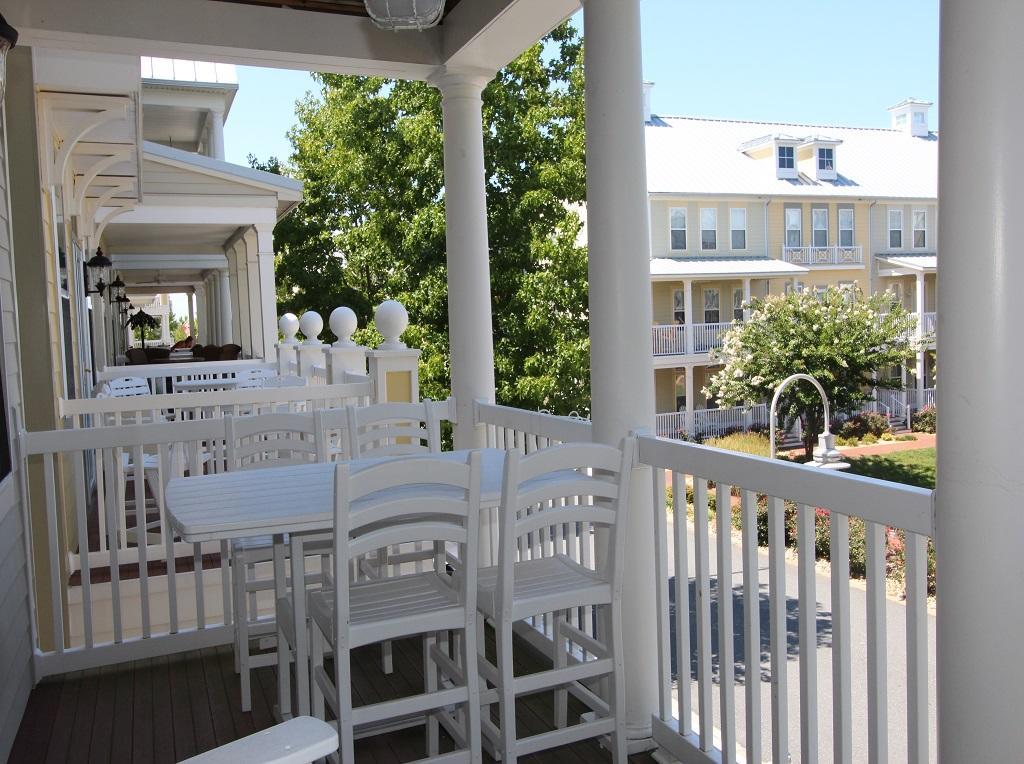 Sunset Island, 21 Sunset Island Drive - Balcony