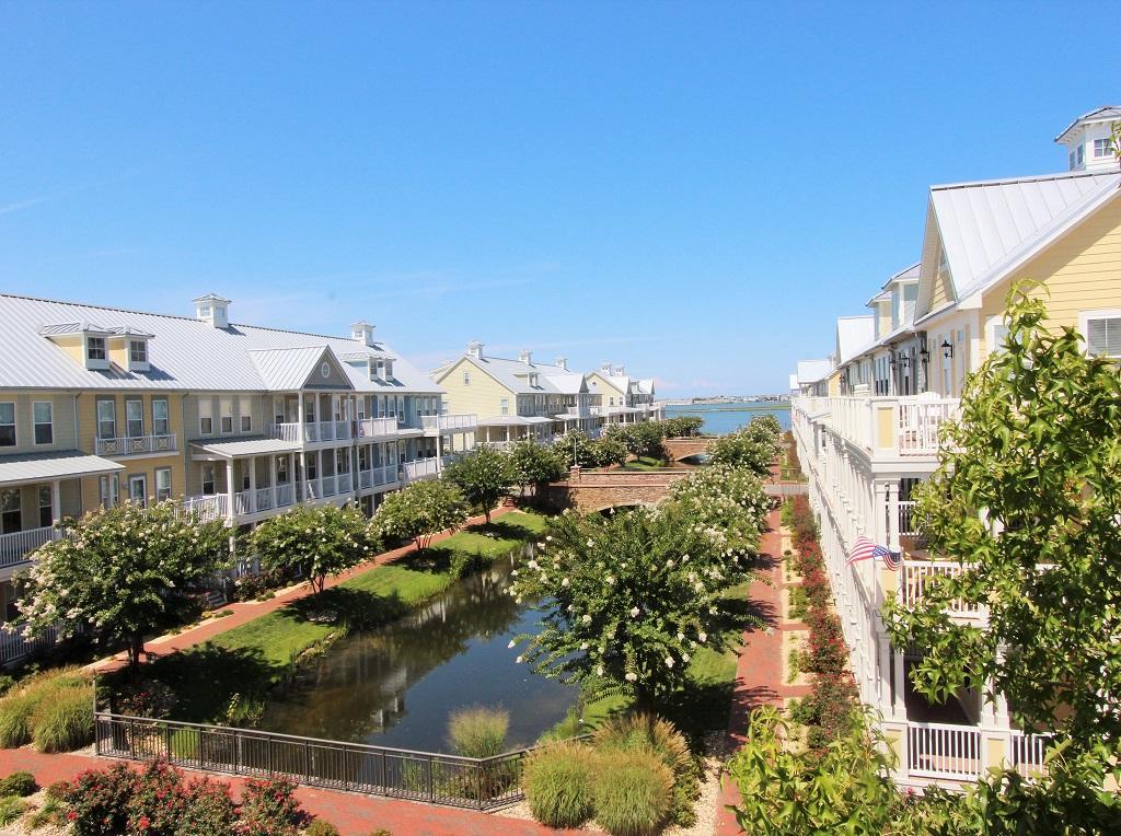 Sunset Island, 21 Sunset Island Drive - Balcony View