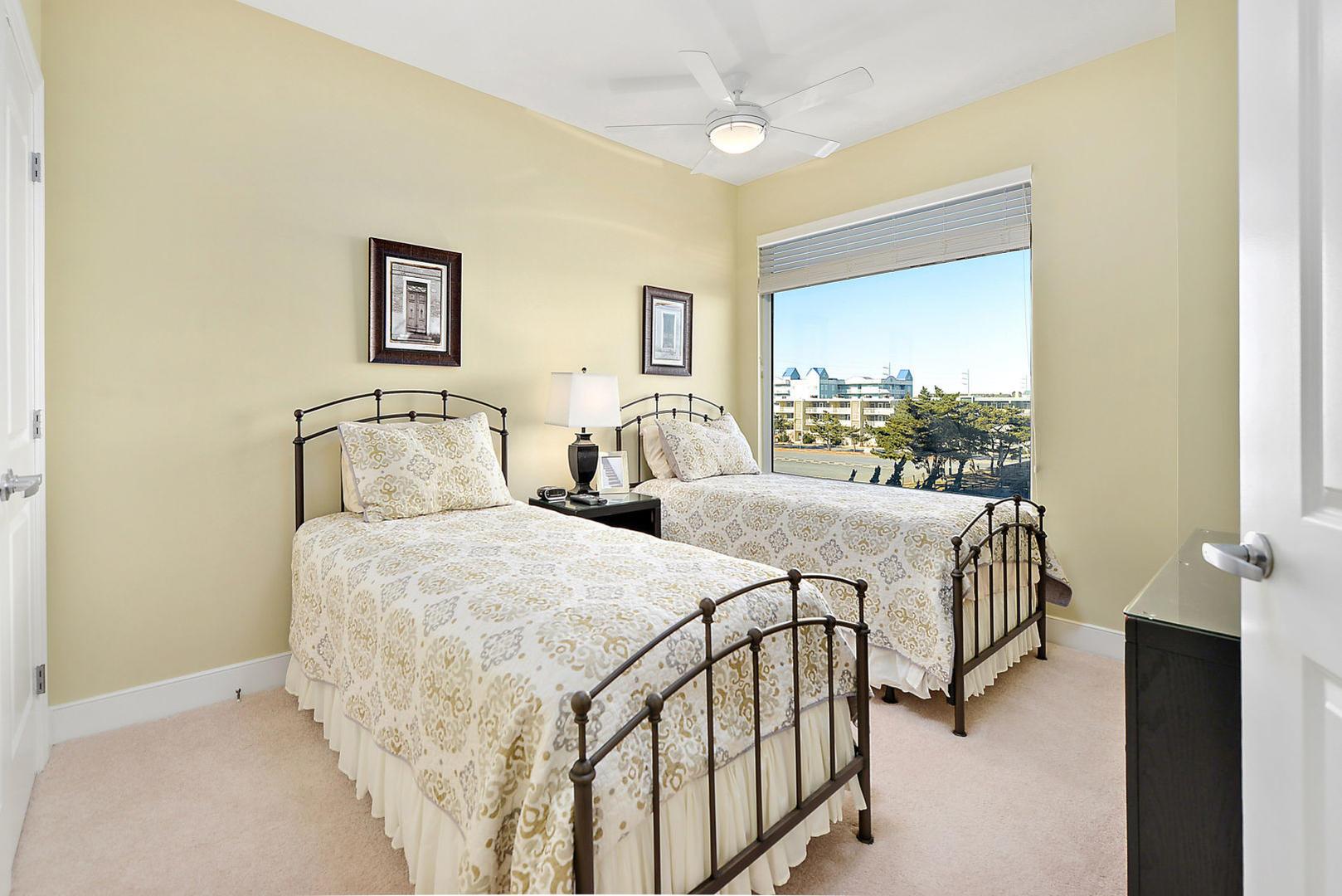 Gateway Grand 213 - Bedroom 4