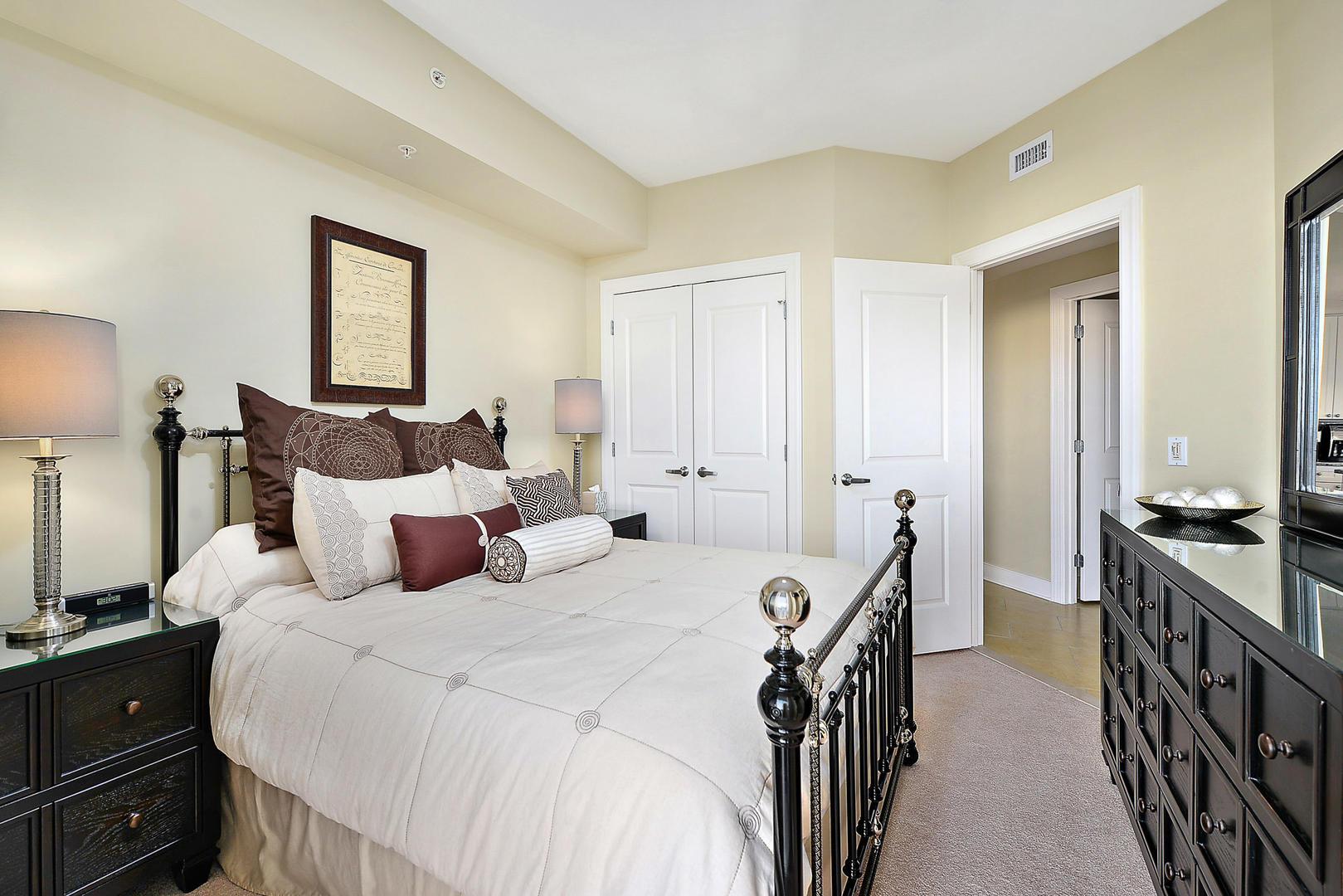 Gateway Grand 213 - Bedroom 3