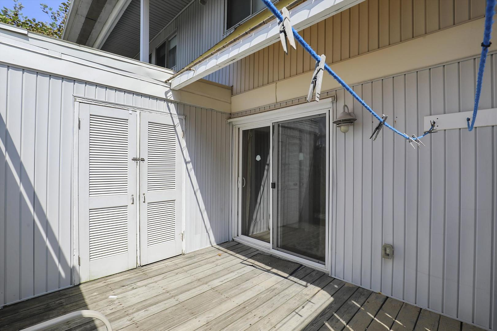 Beachwalk 23 - Deck Area and Outdoor Shower