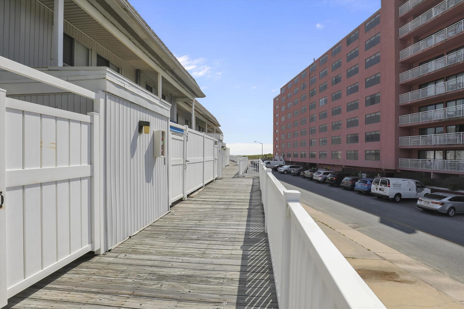 Beachwalk 23 - Walkway to the Beach