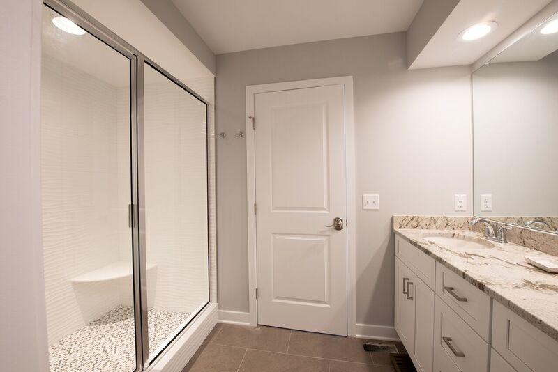 Southwinds - Master Bathroom