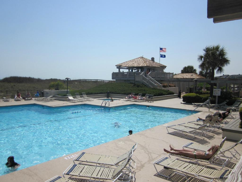 Ocean Creek Outdoor Pool