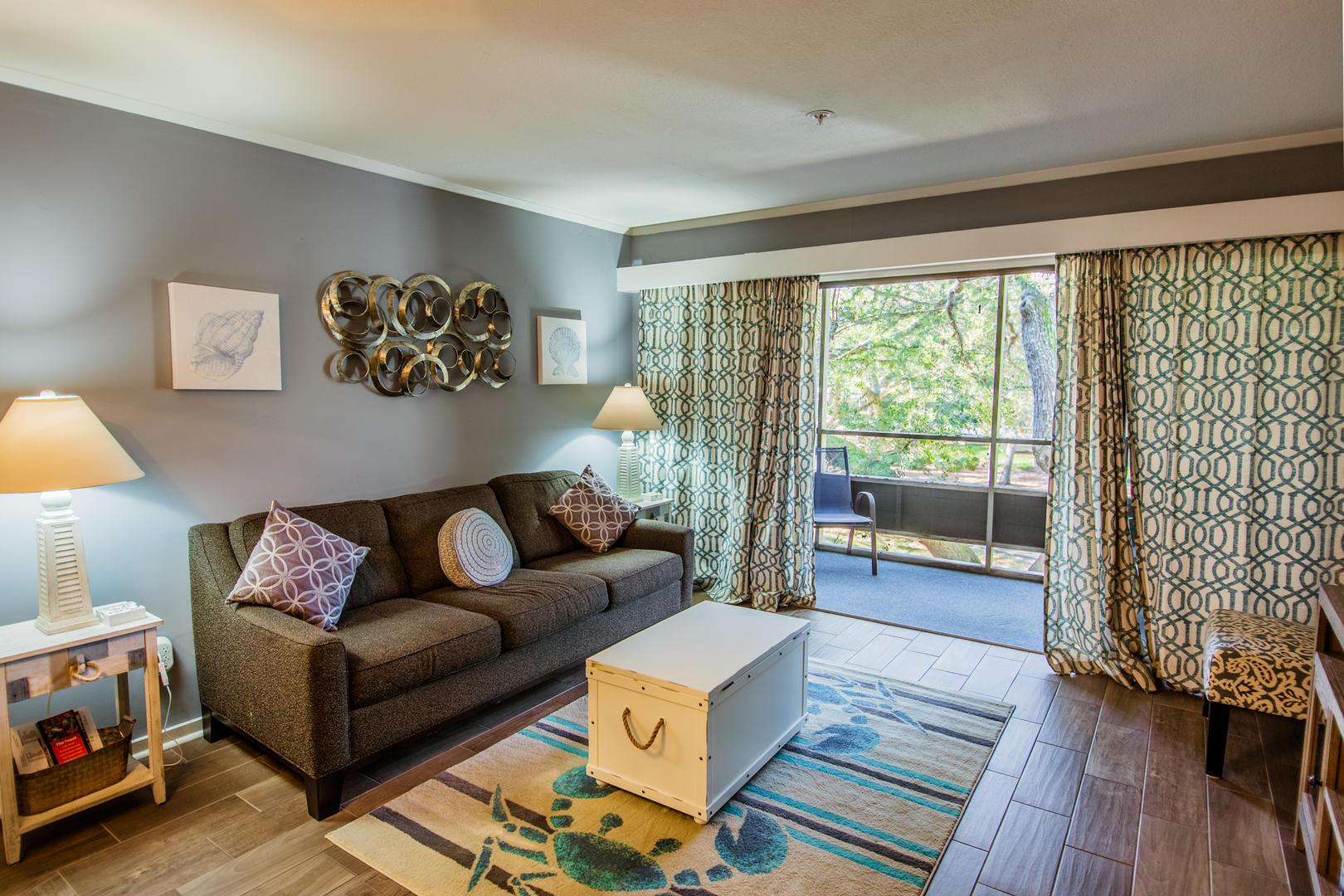 Ocean Creek L2225 - Living Room