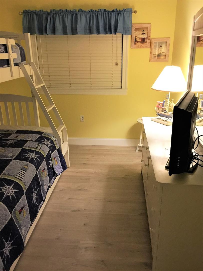 Sunset Bay, I 301 - Third Bedroom