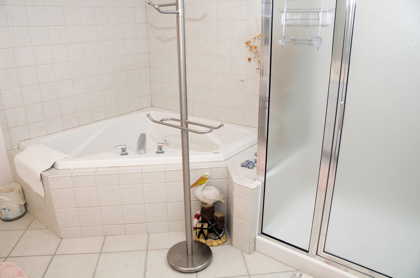 Sunset Bay I 301 - Master Bathroom