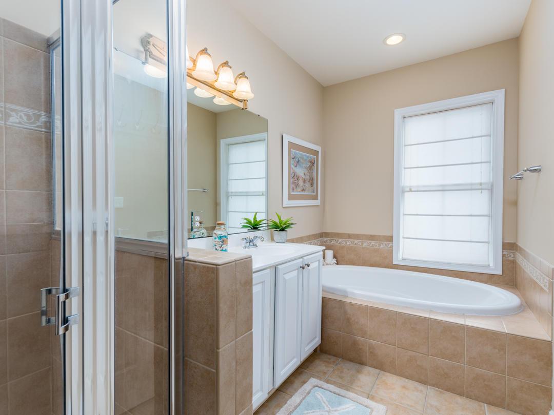 18 Beach Walk Lane - Master Bathroom