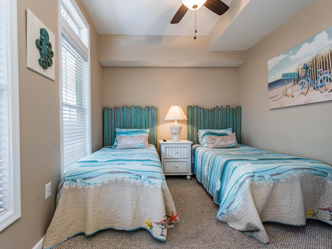18 Beach Walk Lane - First Level Bedroom