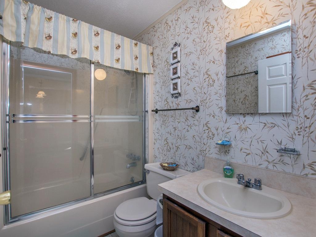 Bayspot 301P-Bathroom