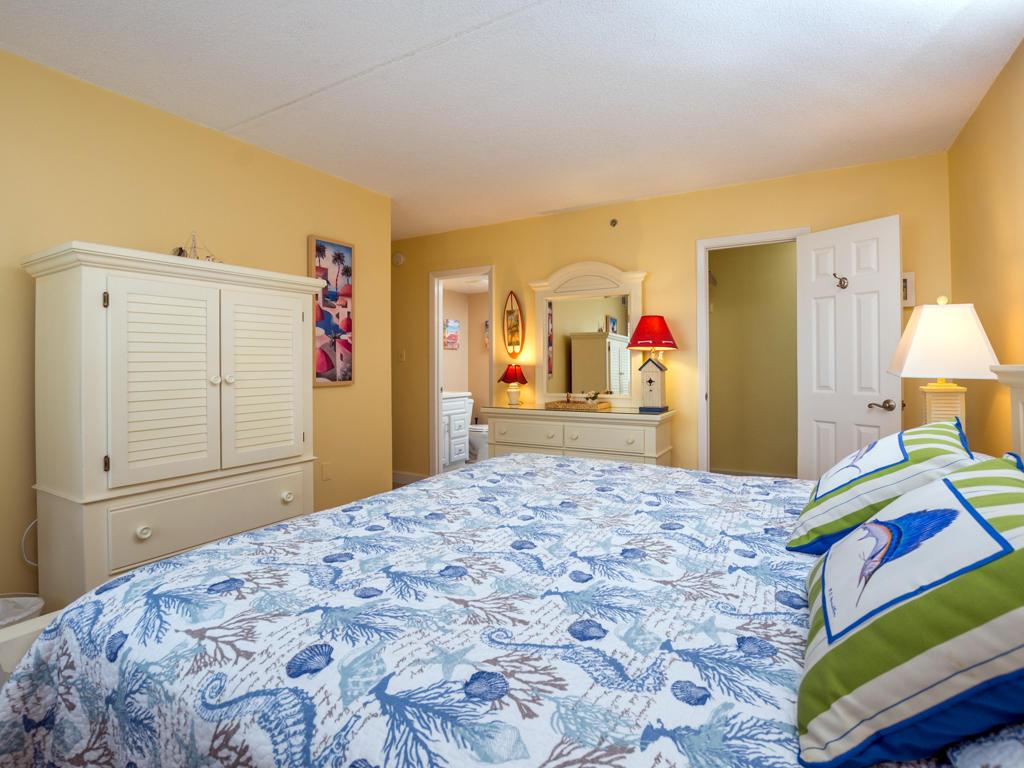 Capri, 903 - Master Bedroom