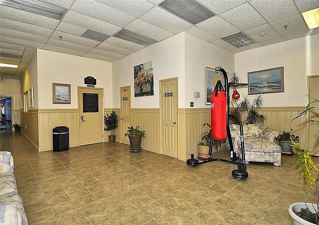 Capri 903 Fitness Lounge Area
