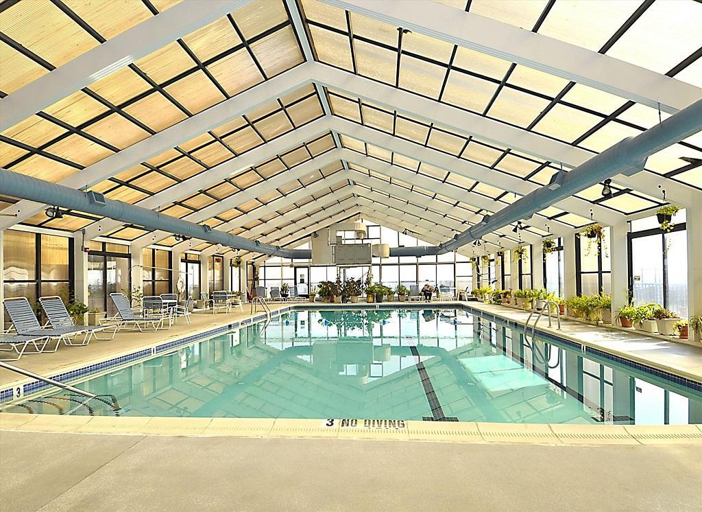 Capri 903 Indoor Pool