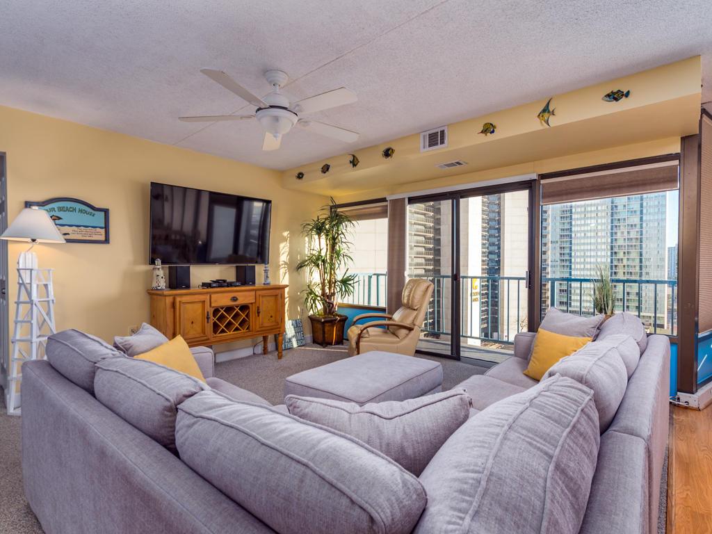 Capri 903 - Living Room