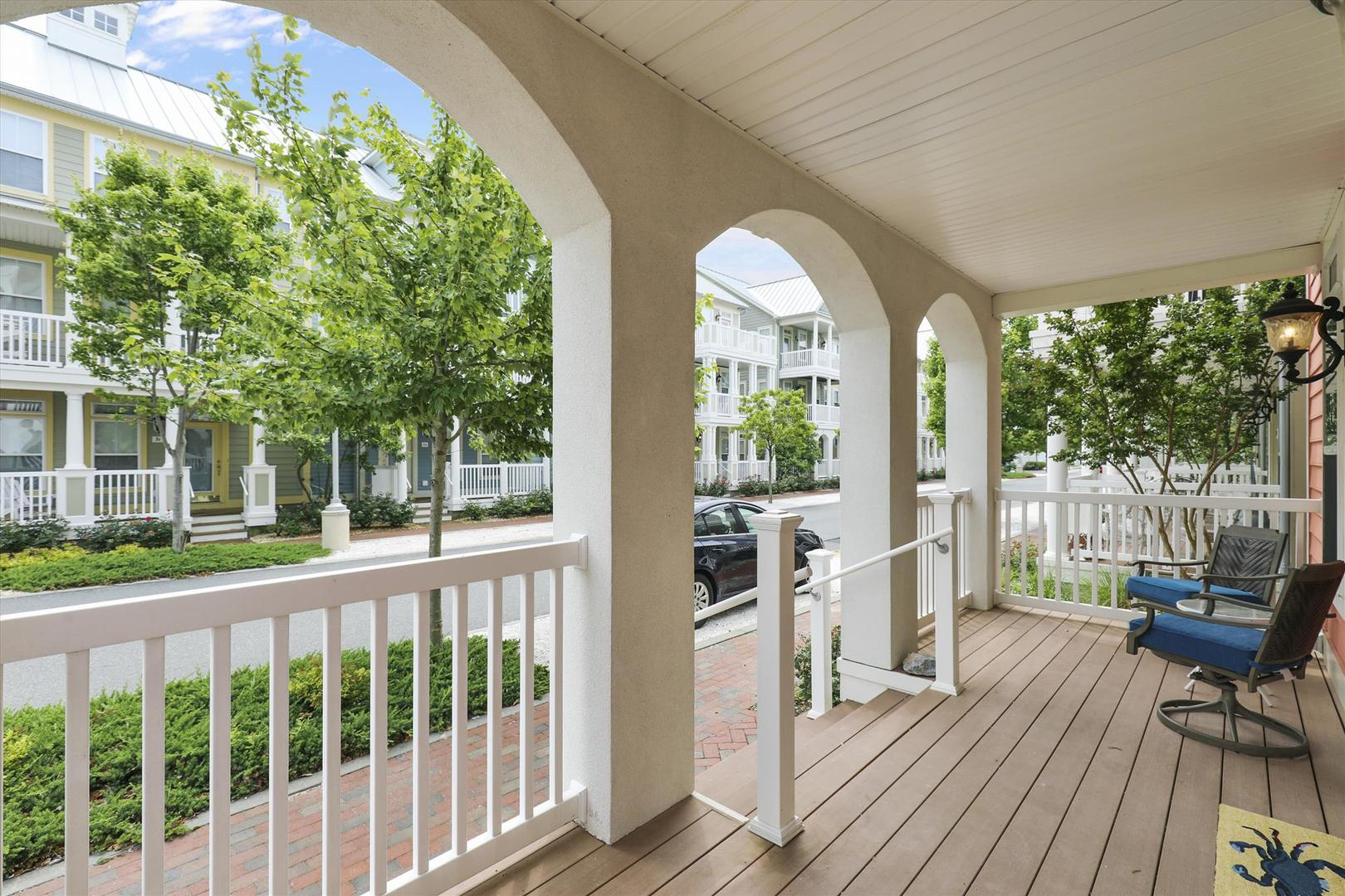 28 Seaside Dr. - Front Porch