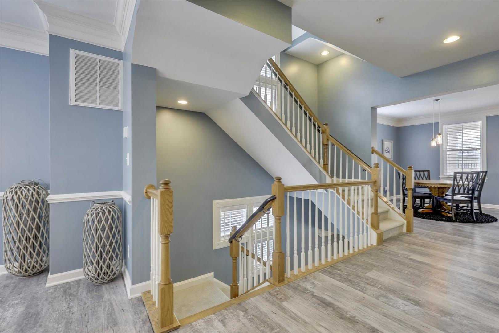 28 Seaside Dr. - Stairs to Third Floor