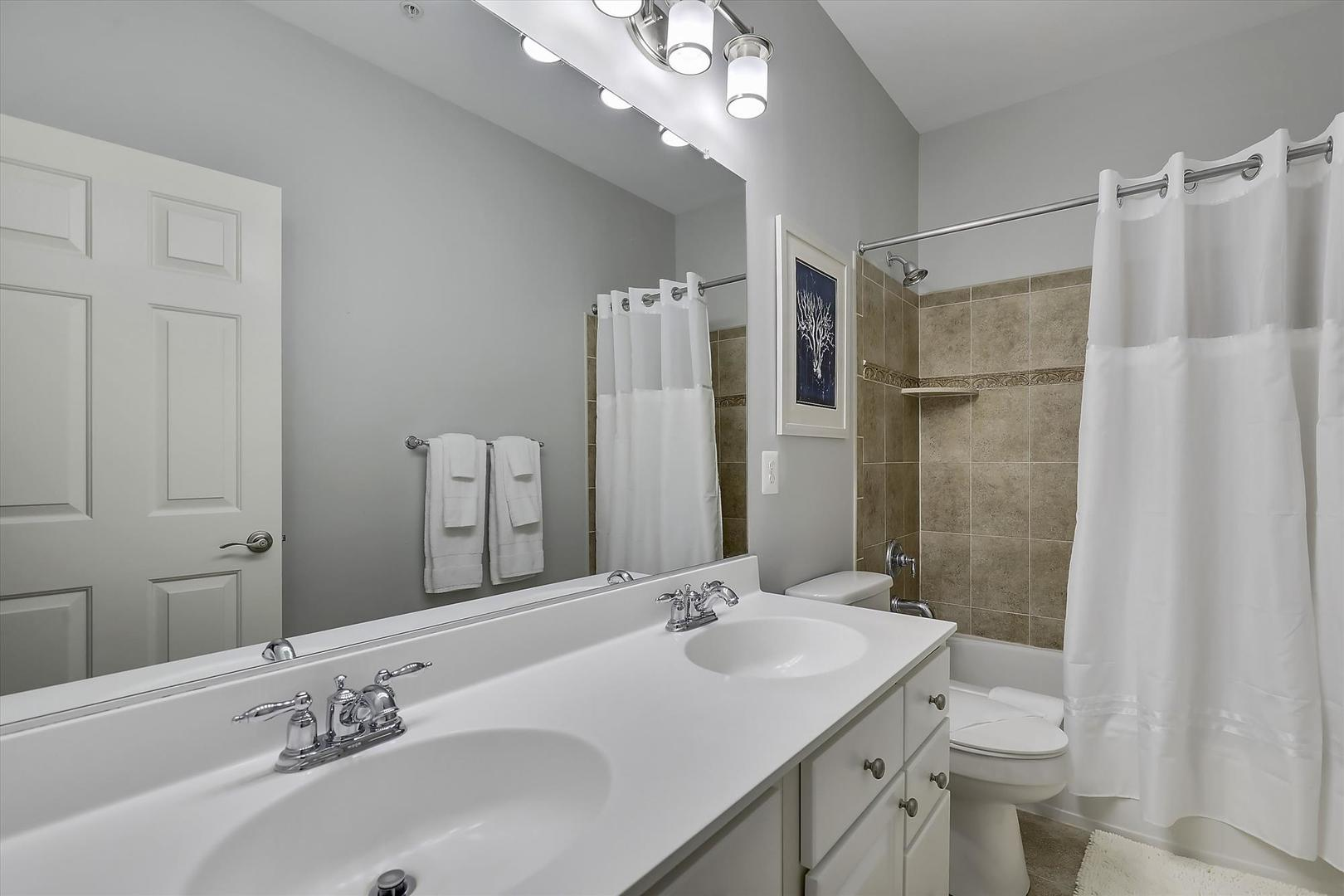 28 Seaside Dr. - Third Floor Hall Bathroom