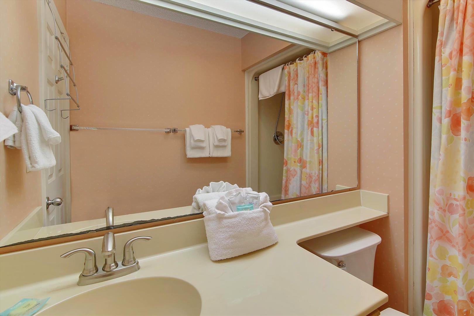 Ocean Creek G2707 - Full Bathroom 2