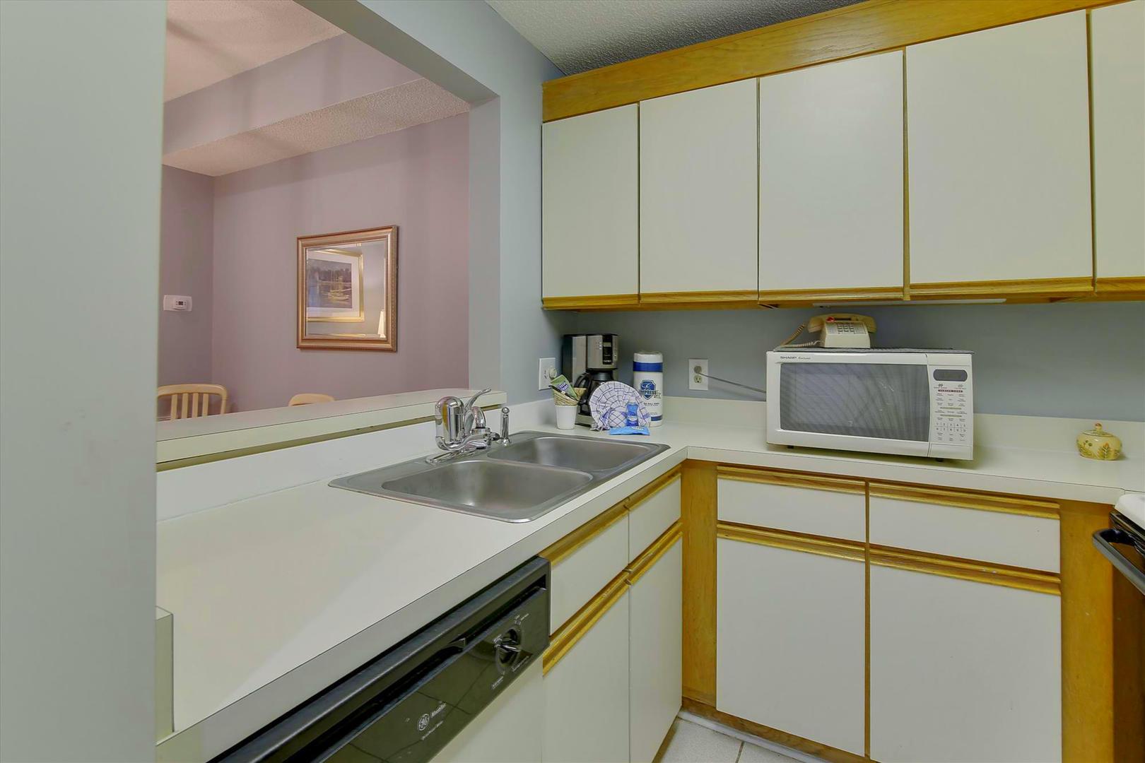 Ocean Creek G2707 - Kitchen