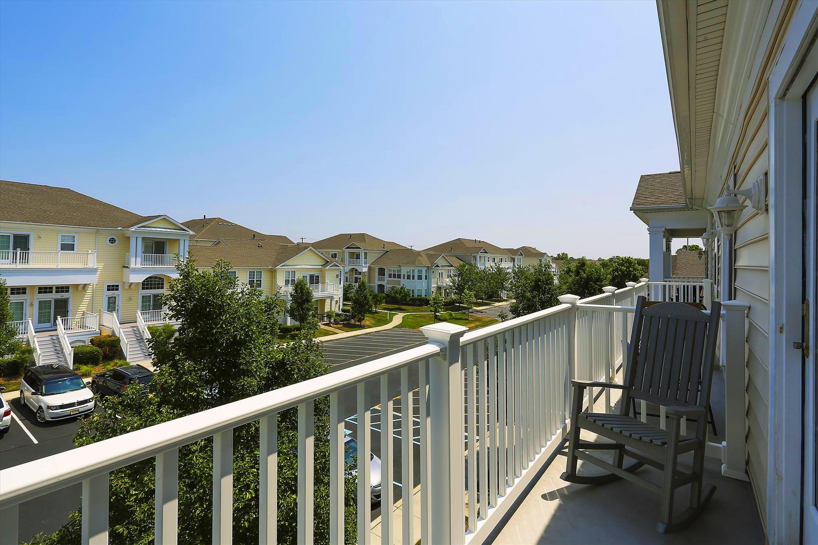 Bayside at Bethany Lakes - Upper Balcony
